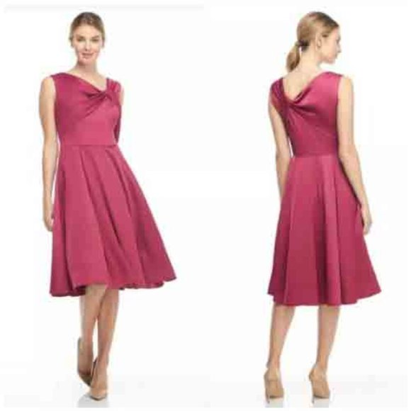 Gal Meets Glam Noelle Twist Bow Dress Berry Womens